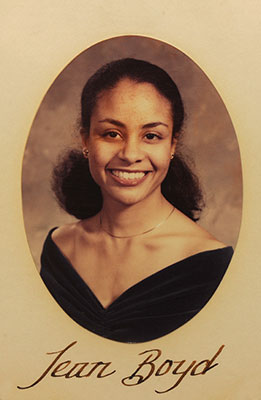 Dr. Jean Boyd McNeil (CVM '81) was the first African-American student to graduate from UTCVM